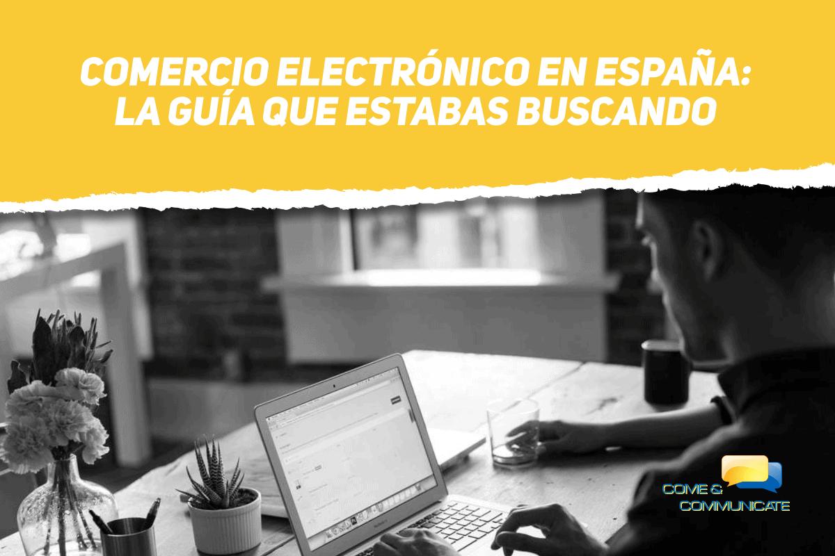 Chico Navegando Por Un Comercio Electrónico en España
